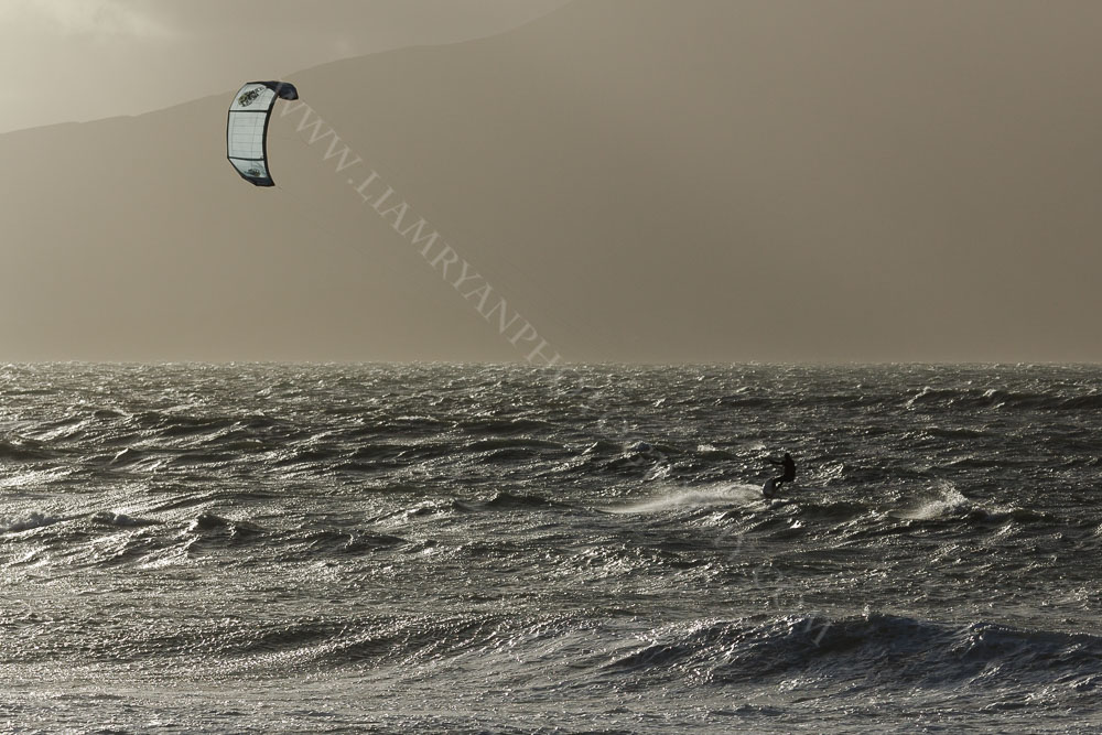kitesurf9802.jpg